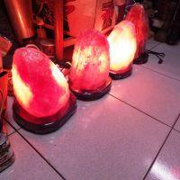鹽晶燈8至9公斤
